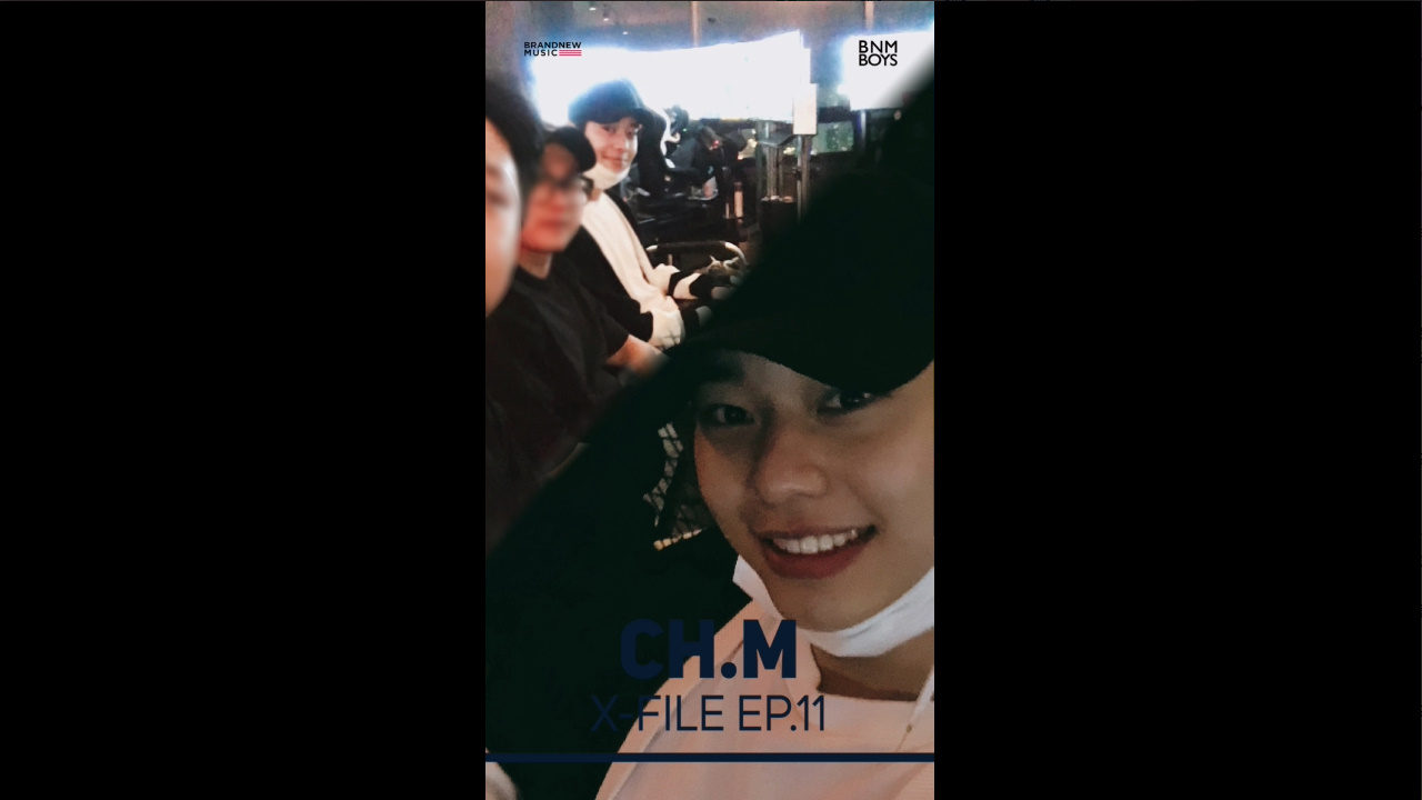 """[#CH_M] X FILE EP.11 """"VLOG #6 From DH"""" - 동동이의 HOLIDAY🏝"""