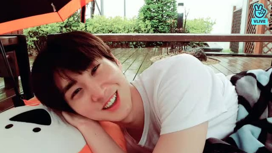 Shinwon rest somewhere