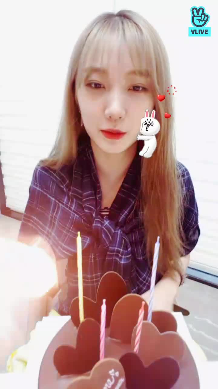[PRISTIN] HAPPY RORO DAY 💙