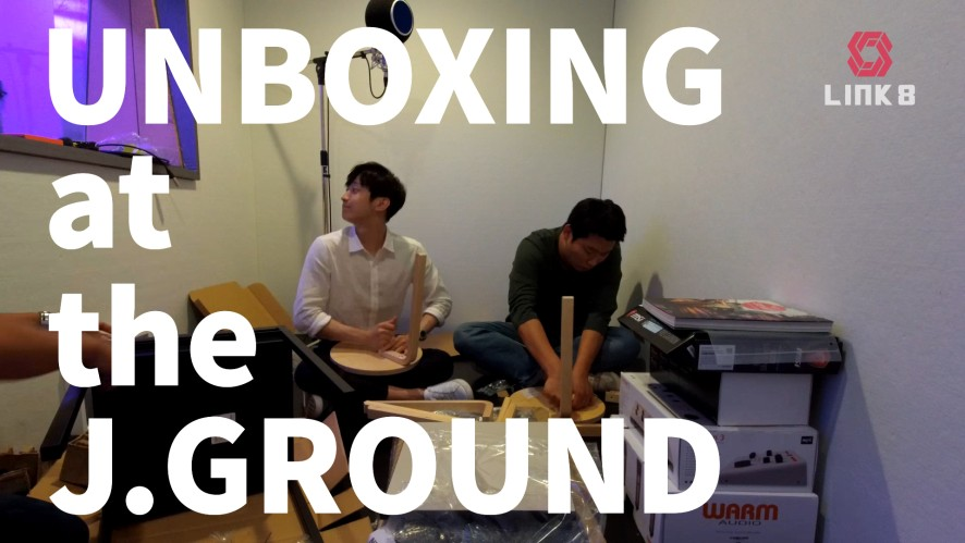 Unboxing at the J.GROUND (feat. 진영 / Jinyoung)