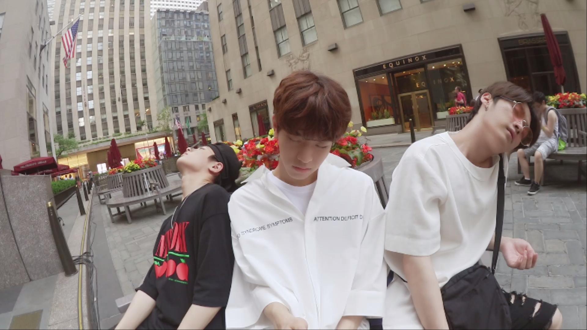 "Stray Kids(스트레이 키즈) ""불면증""Video (Street Ver.)"