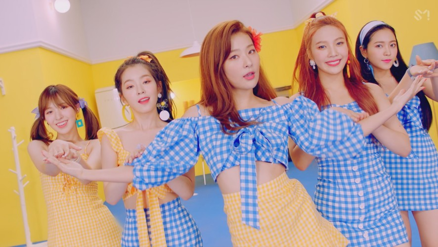 Red Velvet 레드벨벳 'Power Up' Performance Ver.