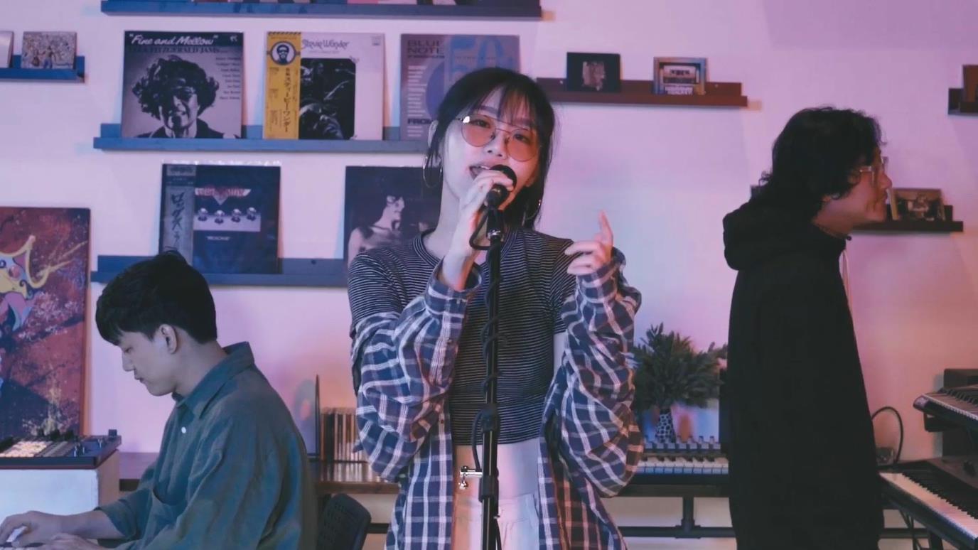 [MV] 서교동의 밤(the Night of Seokyo) - City Girl City Boy (feat. 다원)