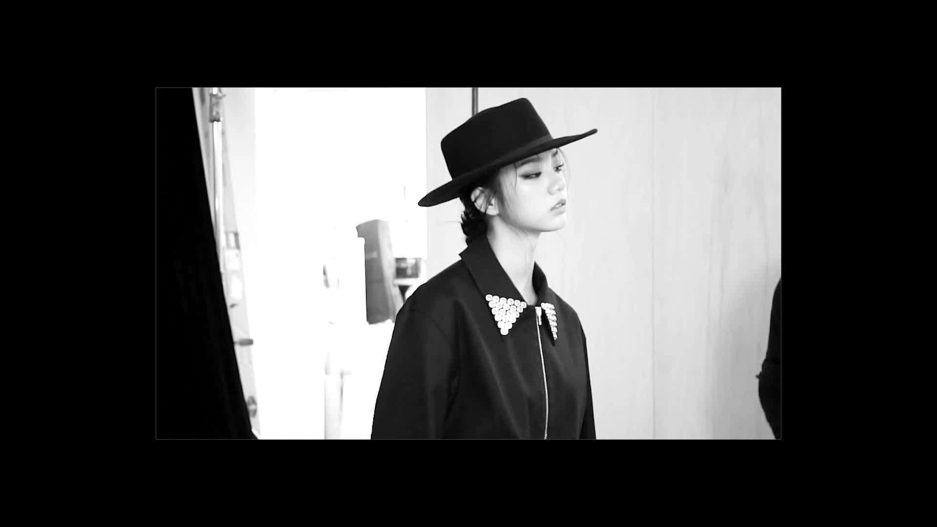[T-CUT] HYERI(Girl's day) Photoshoot Behind