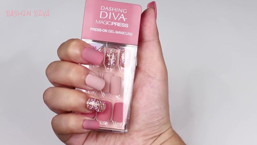 [1분팁] 데싱디바 붙이는 법, 셀프네일 하는법 How to stick on Dashing Diva nail stickers