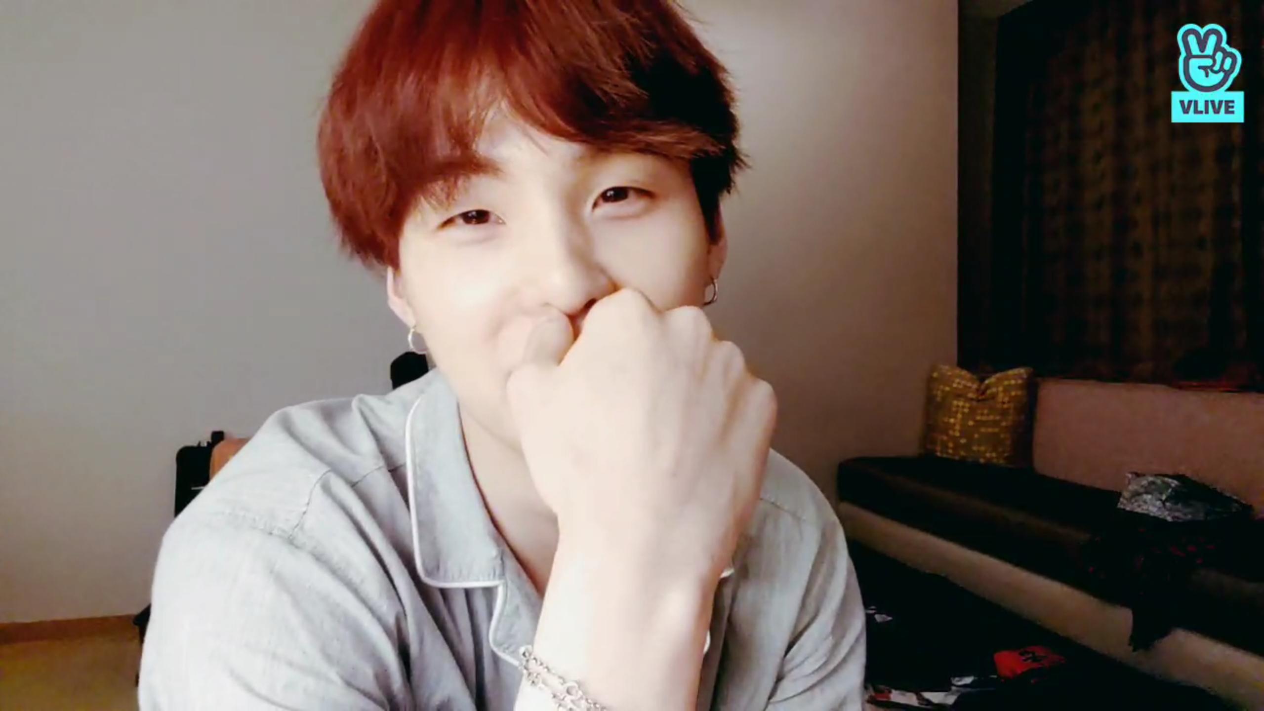 BTS Live : 반복된 브이앱게임