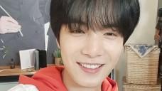 혼밥하는 L.O.Λ.E를 위한 쩨알이의 영상통화♥ Video Call with JR - <뉴블의 L.O.Λ.E 도시락>