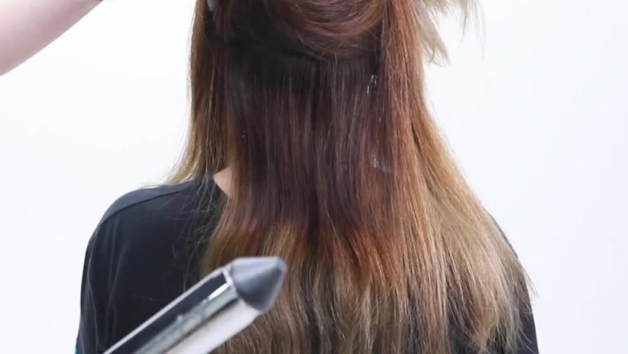 [1분팁] 아이롱만 있으면 예쁜 헤어스타일 가능! 아이롱웨이브 하는 방법