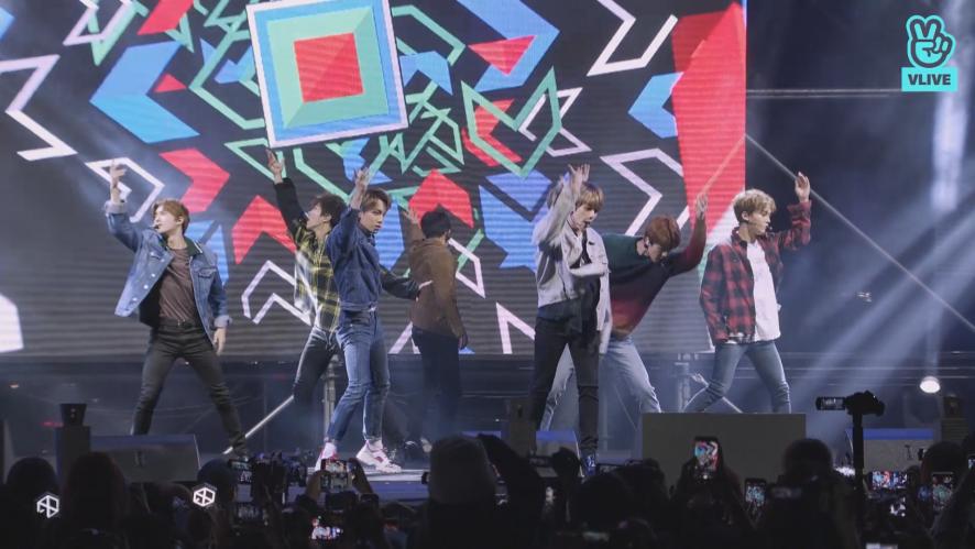 "EXO - 'Ko Ko Bop' @2018 코리아세일페스타 전야제 ""Shopper's Fun Night"""