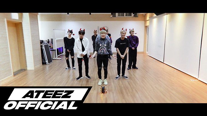ATEEZ(에이티즈) - '해적왕(Pirate King)' Dance Practice (Cute Halloween ver.)