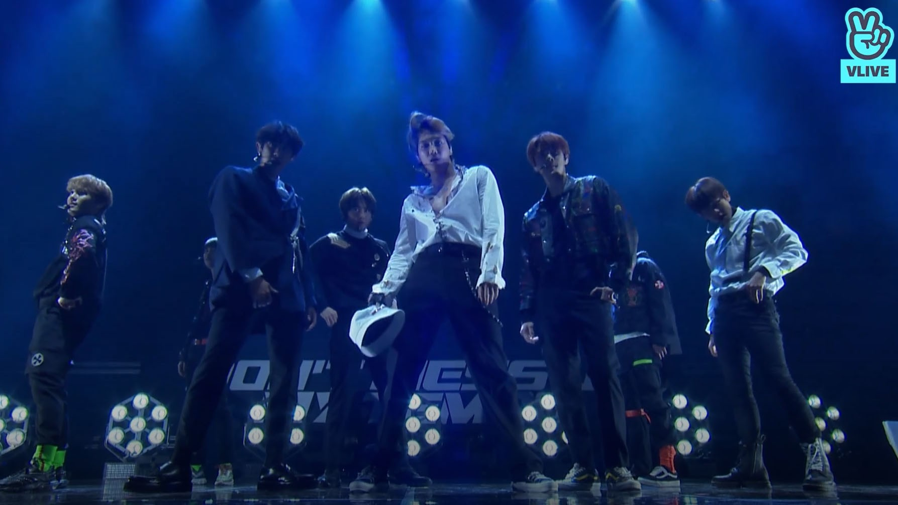 "[FULL] EXO COMEBACK SHOWCASE ""TEMPO"""