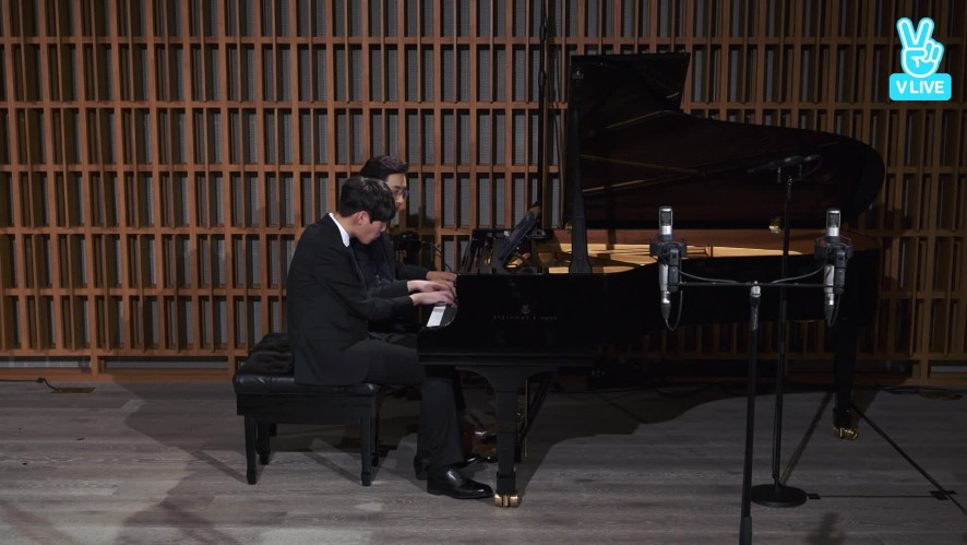 [V살롱콘서트] 피아니스트 김정원 & 이재경 R. Shumann Bilder aus Osten, Op.66 No.4 & No.1