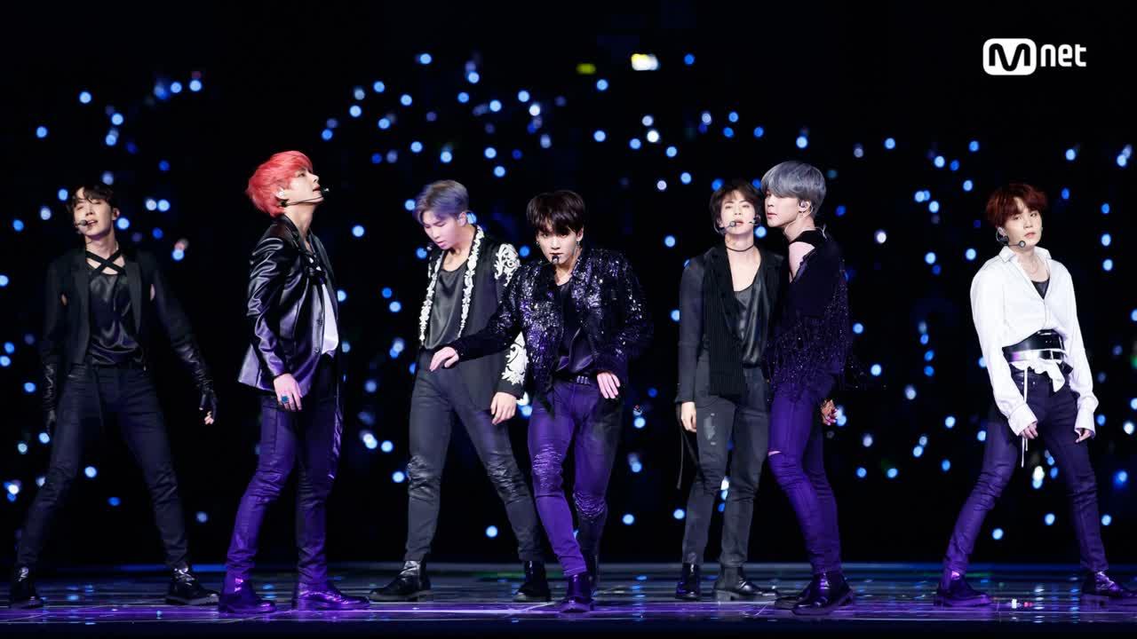 BTS(방탄소년단)_INTRO + FAKE LOVE│2018 MAMA FANS' CHOICE in JAPAN