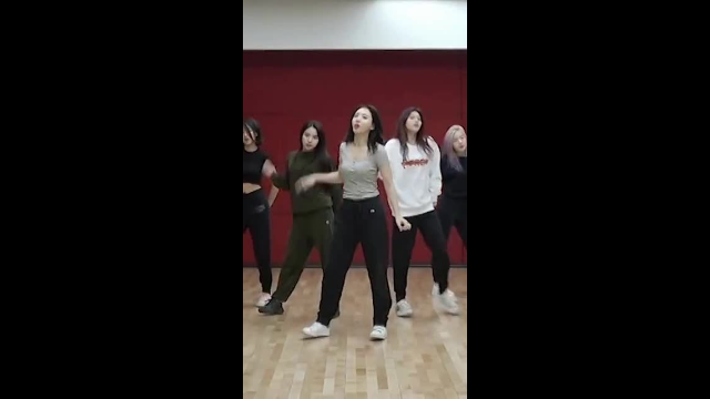"[AutoCam_Nayeon] TWICE(트와이스) ""YES or YES"" Dance Video"