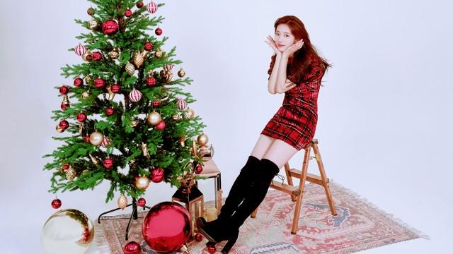 SUZY (수지) Merry Christmas & Happy New Year !