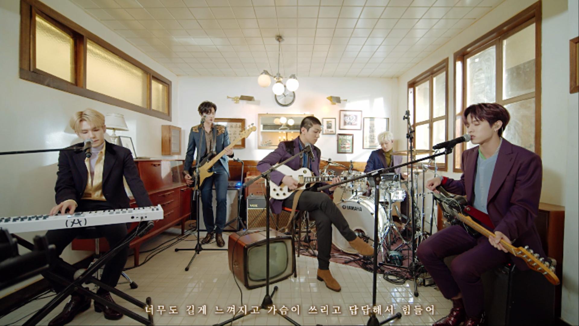 """DAY6(데이식스) """"행복했던 날들이었다"""" Live Video (0AM Ver.)"""