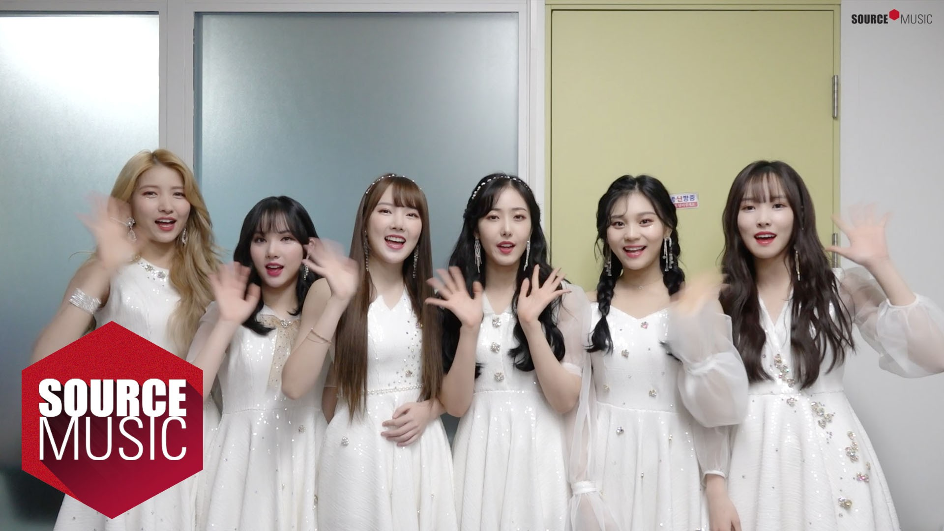 여자친구 GFRIEND 2019 Happy New Year
