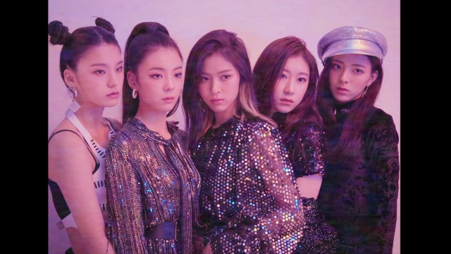 "ITZY(있지) ""IT'z Different"" : THE PHOTOSHOOT BEHIND"