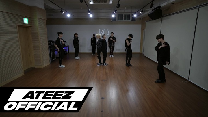 ATEEZ(에이티즈) - 'HALA HALA (Hearts Awakened, Live Alive)' Dance Practice