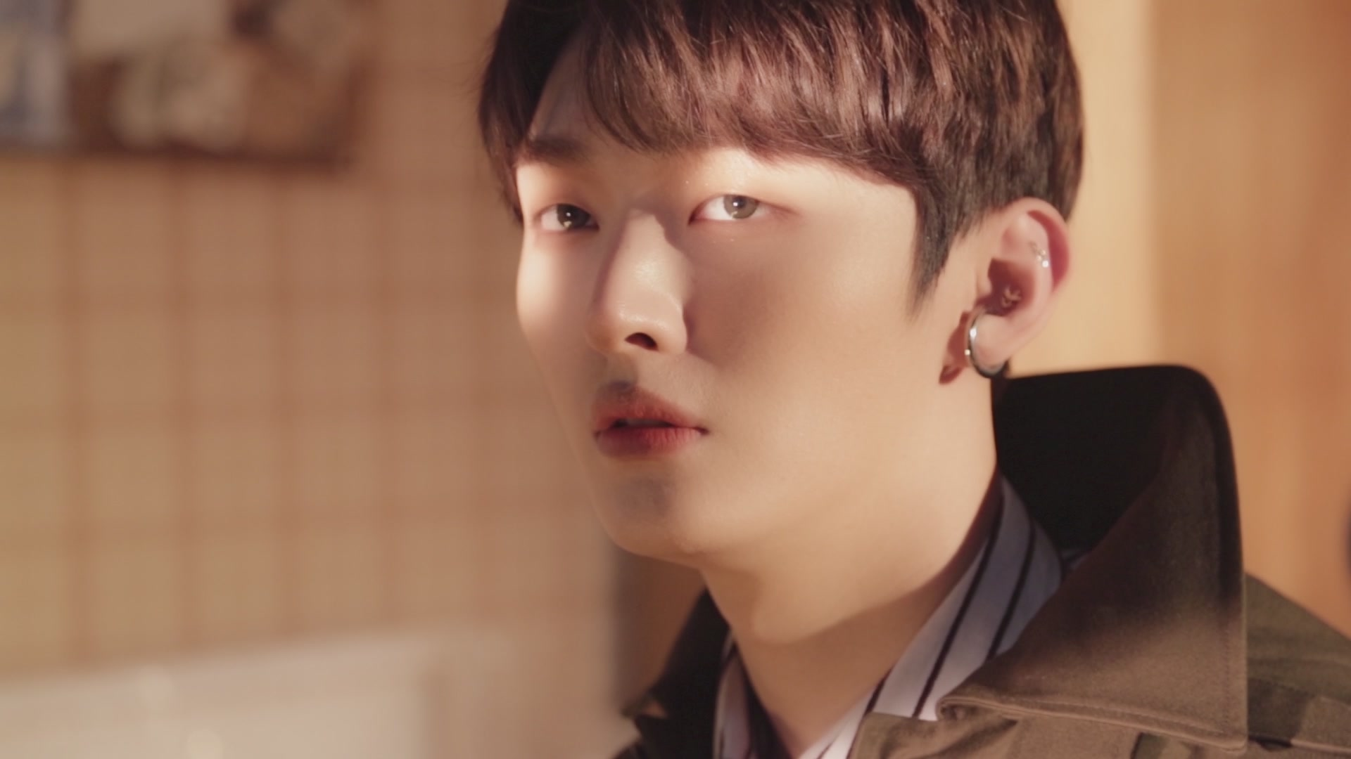 윤지성 (Yoon Jisung) - 'Aside' Jacket Making Film