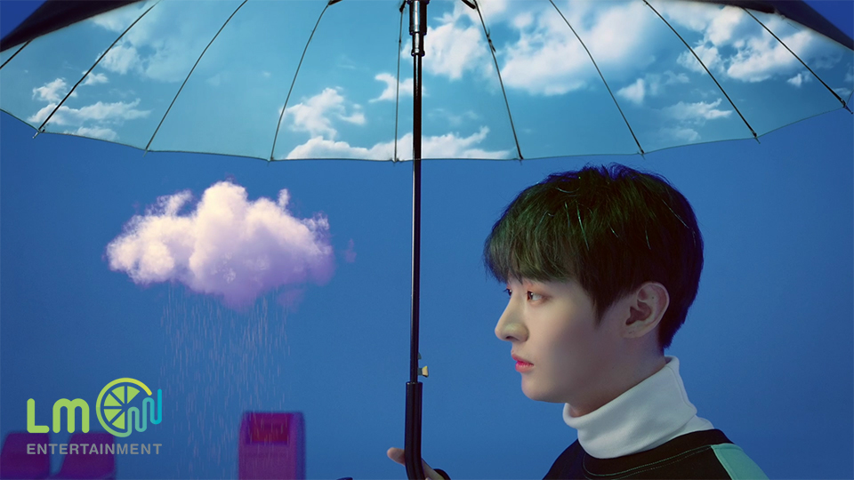 윤지성(Yoon Jisung) - 'In the Rain' M/V