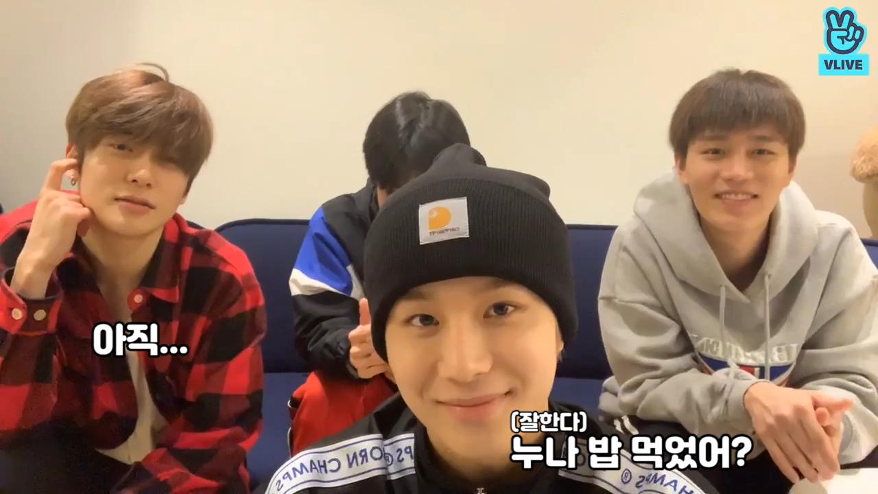 [NCT] 📢모두 주목!! 포카리청순상큼요정 김정우 생일!! 해피 화이트 정우데이💚 (HAPPY JUNGWOO DAY+1)
