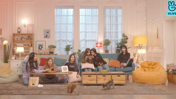 [Full] (G)I-DLE  X CouchTalk - (여자)아이들 X 카우치토크