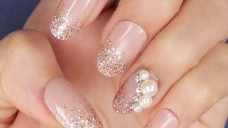 3D Pearly Pink Nails