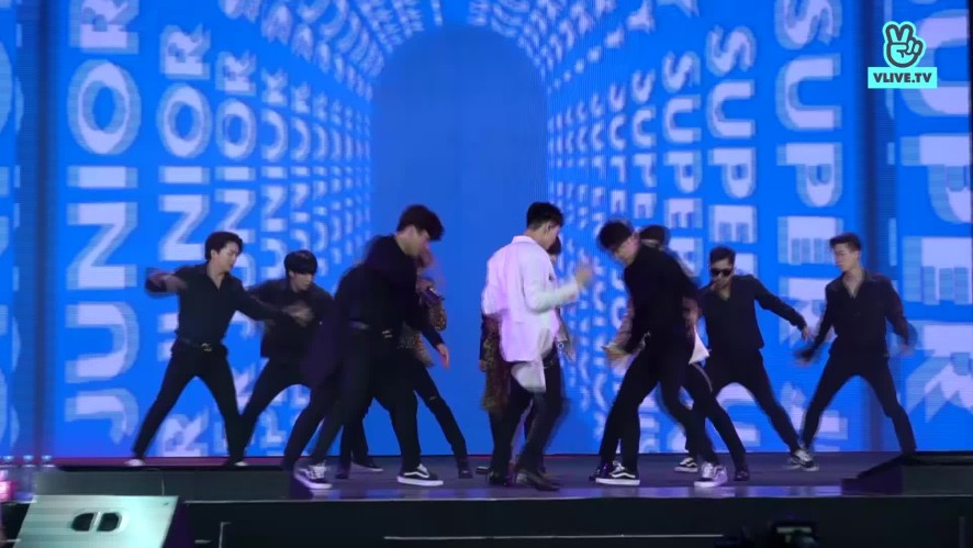 [CENTER CAMERA] - Super Junior -Sorry Sorry