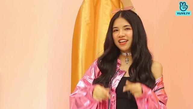 Quỳnh Mai gửi lời chào đến V Fans!
