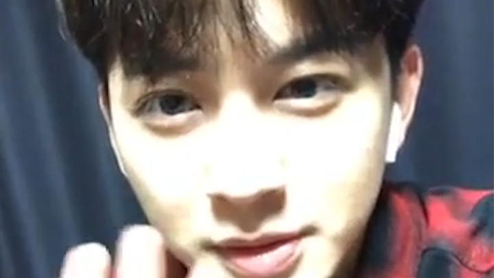 [iKON] !!다들 주목!! 송슐랭 가이드 4/30 절찬리에 채널 오픈 !!해산!! (SONG talking about his VLOG)