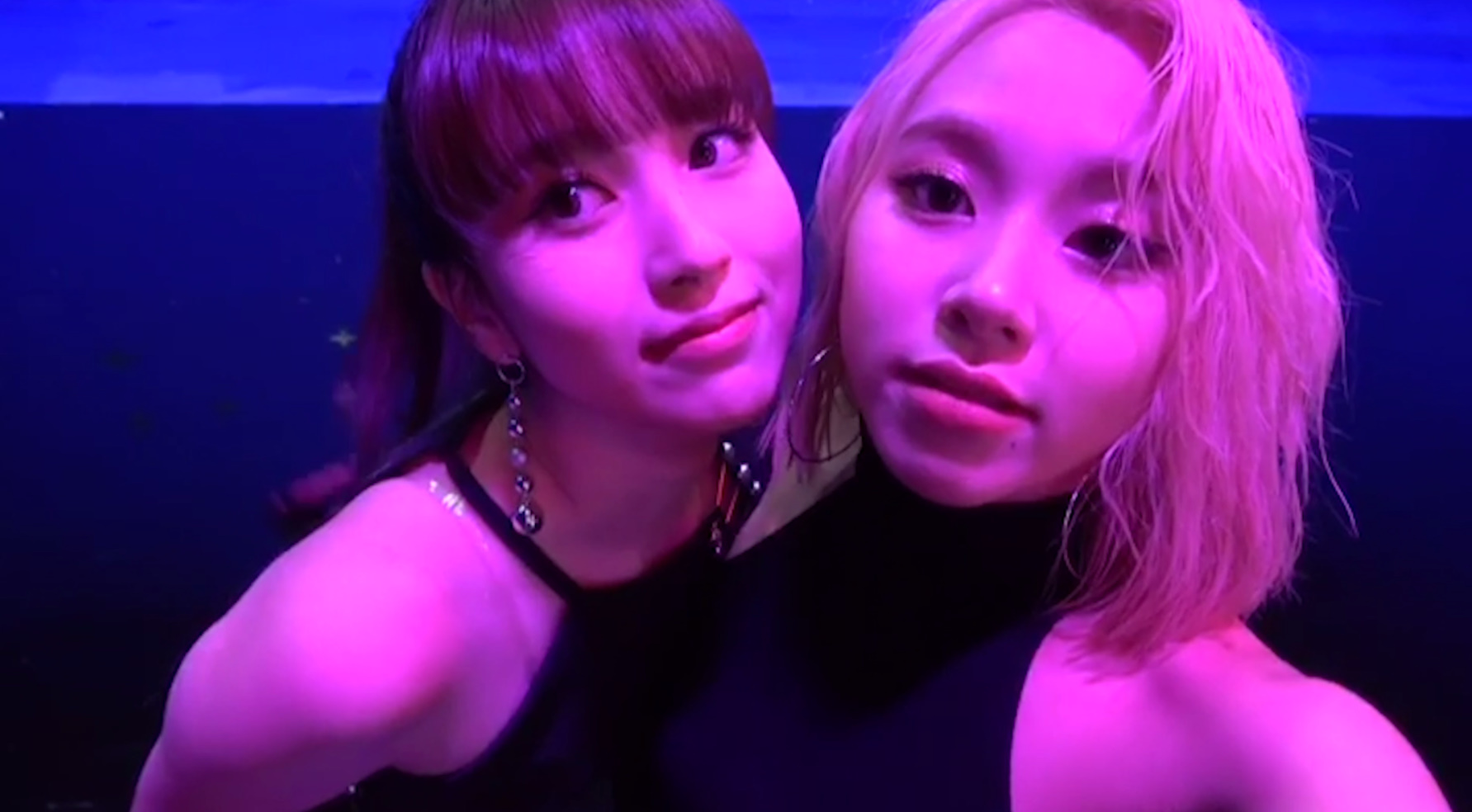 "TWICE Vlog ""FANCY"" #8"