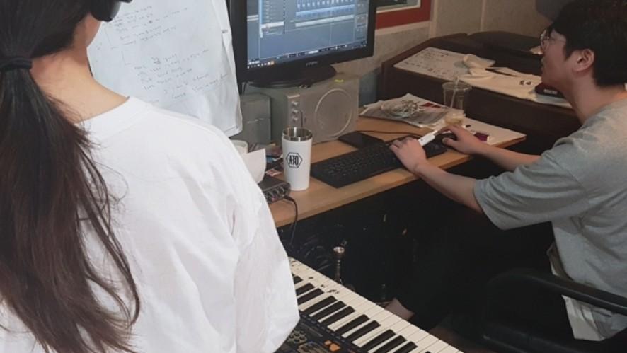 [오리엔탈쇼커스] 곡 작업할 때 켜놓는 방송(리액션X)