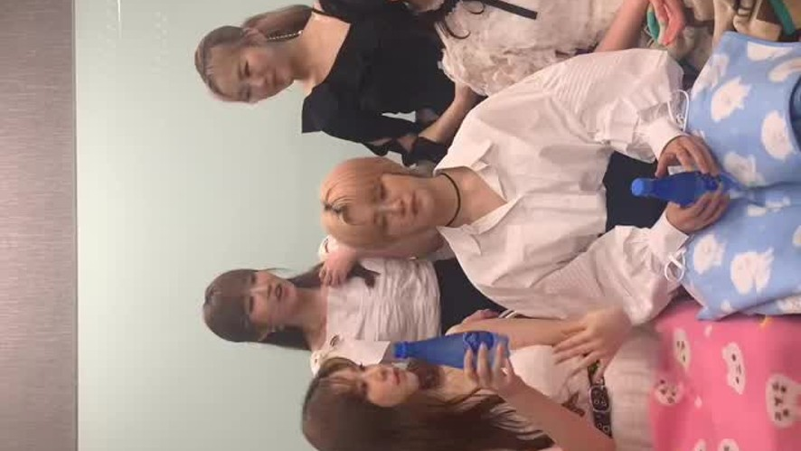 [GWSN V] Happy Miya Day in Singapore🎉