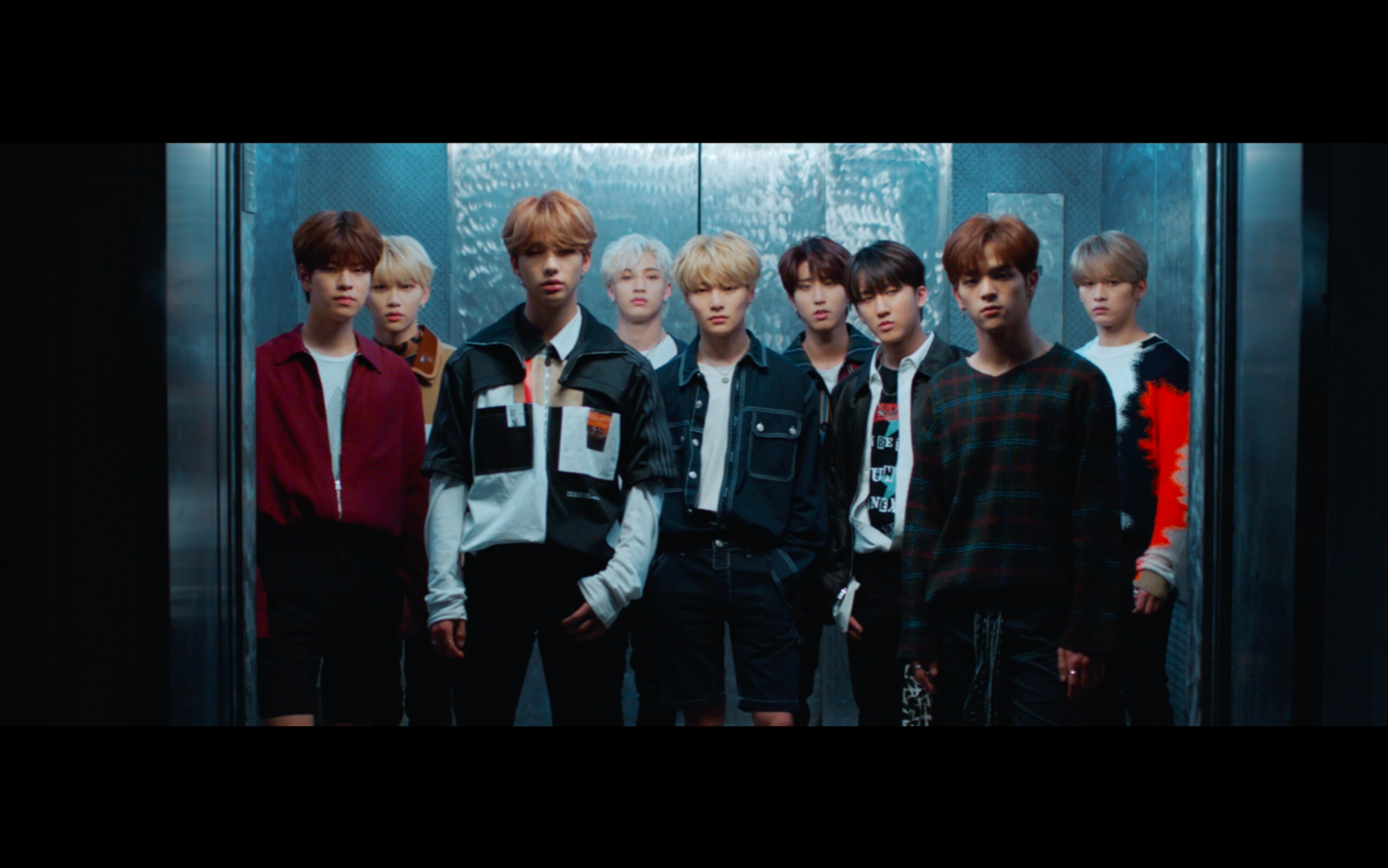 "Stray Kids(스트레이 키즈) ""Clé 2 : Yellow Wood"" Trailer"