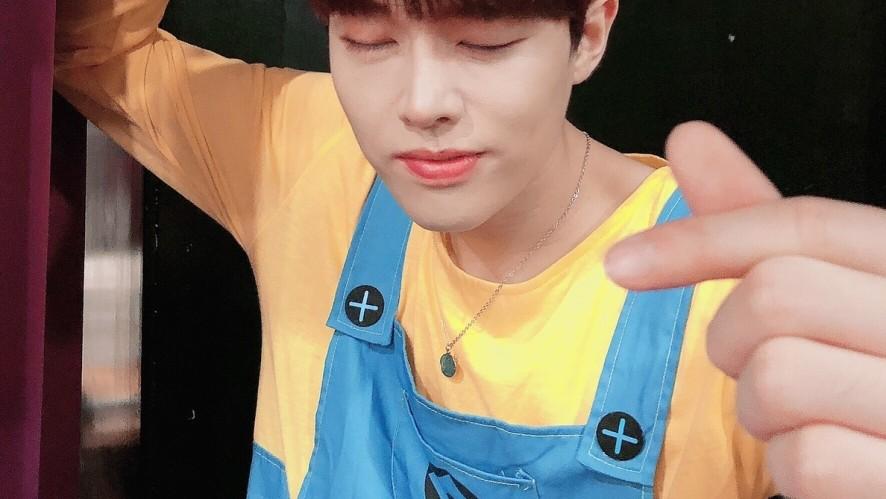 BLACK6IX Live Young Seok