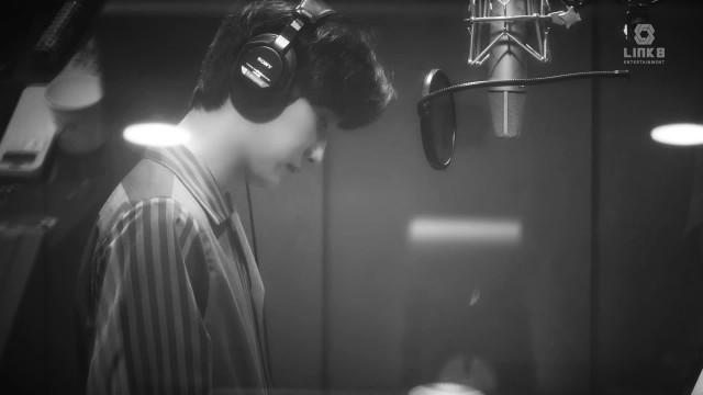 진영, '퍼퓸' OST '그댄 내꺼라고 말하는 거예요' 녹음 스케치 영상