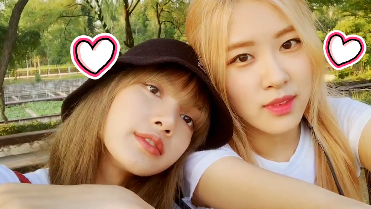 [BLACKPINK] 자연광 아래 리챙 후광,,✨ 광이 더블이라 내 심장도 광광 뛰는 것..💗 (ROSÉ&LISA taking pictures in the park)