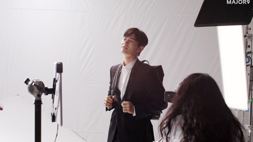 [김동준] 드라마 '보좌관'의 열혈인턴 한도경 포스터 촬영장
