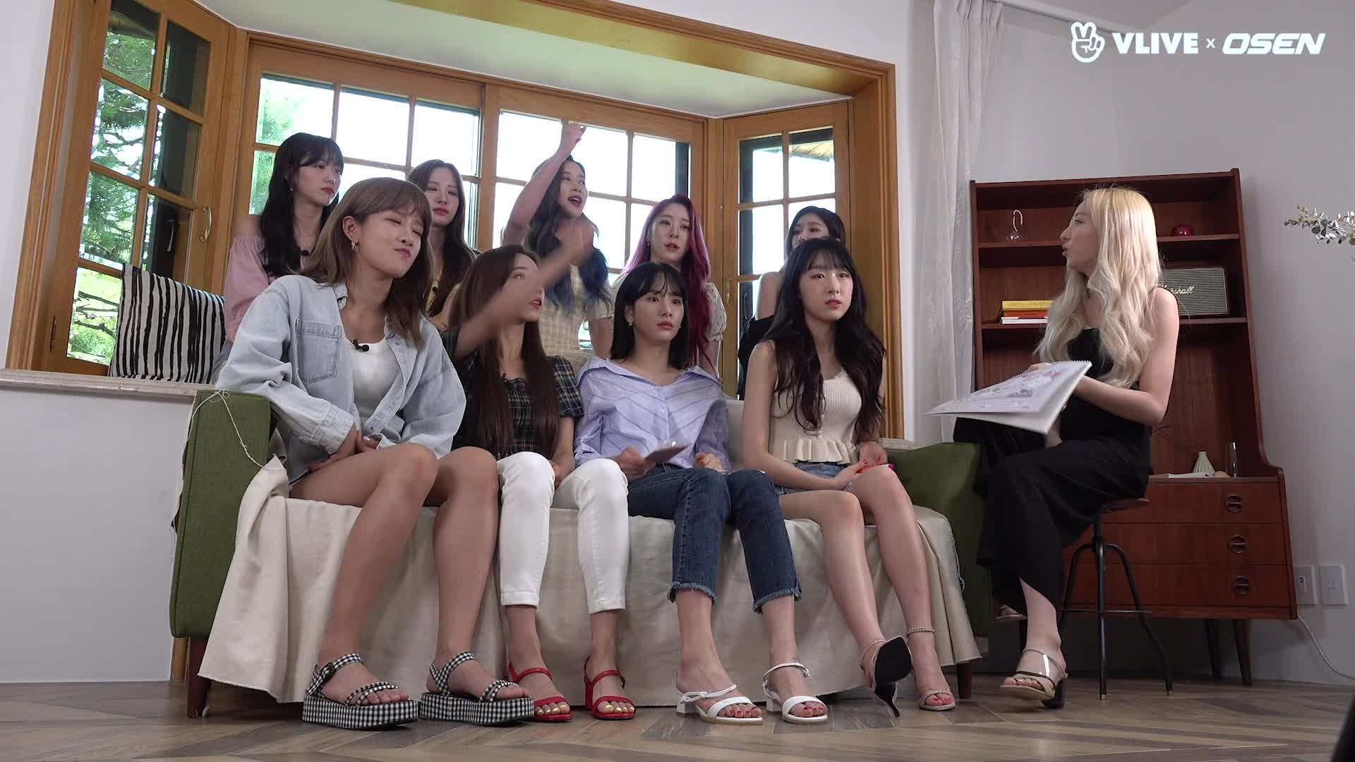 WJSN 우주소녀, 드디어 '스타로드' 첫방송 #EP 01
