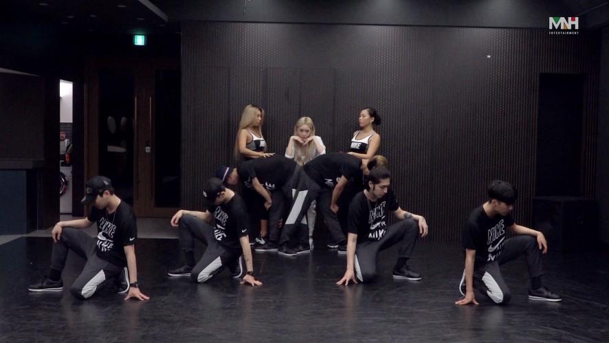 """청하(CHUNG HA) - """" Snapping""""  안무 영상 (Dance Practice)"""