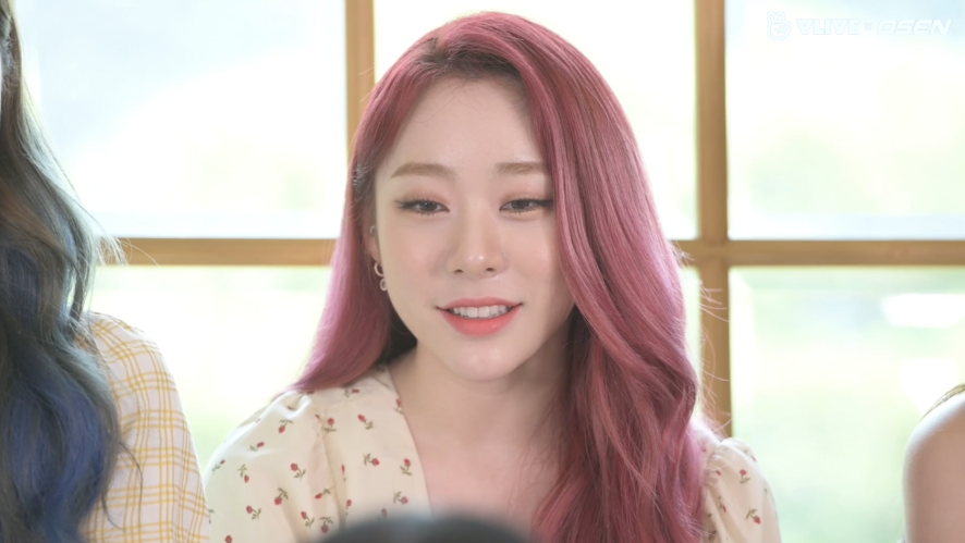 Star Road WJSN, YEONJUNG bombarded with questions? EP.06