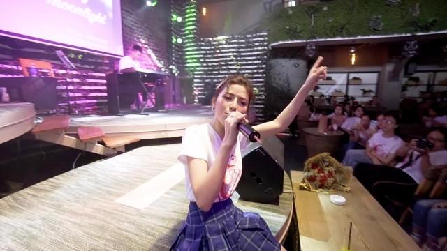 """Trần Ngọc Ánh khoe bản phối mới ca khúc """"Em không cần"""""""
