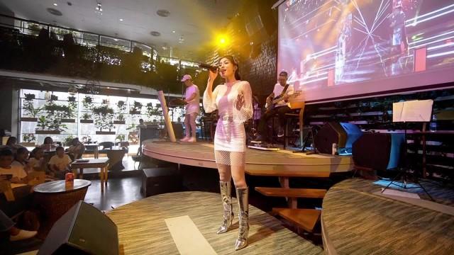 Trần Ngọc Ánh tái hiện lại các phần thi tại The Voice 2018
