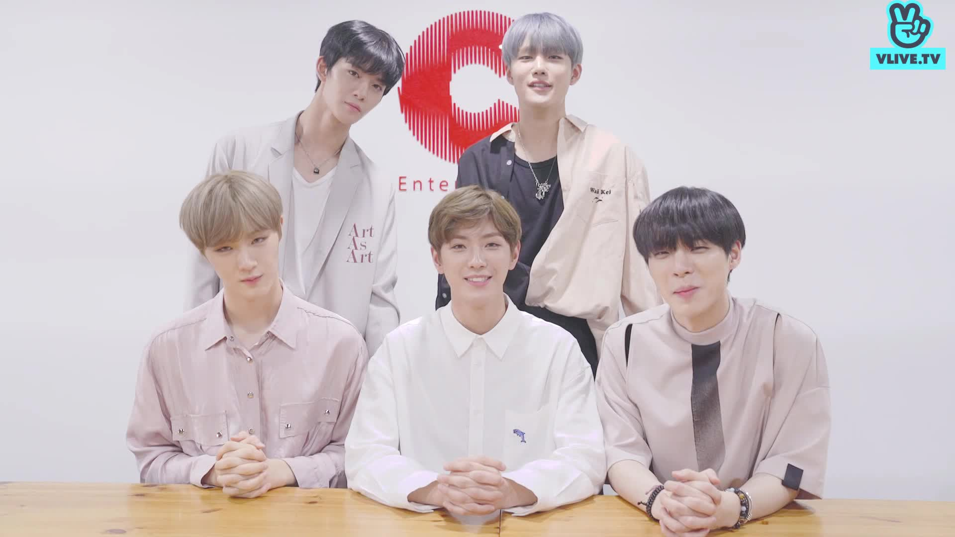 CIX greeting to V FANS!