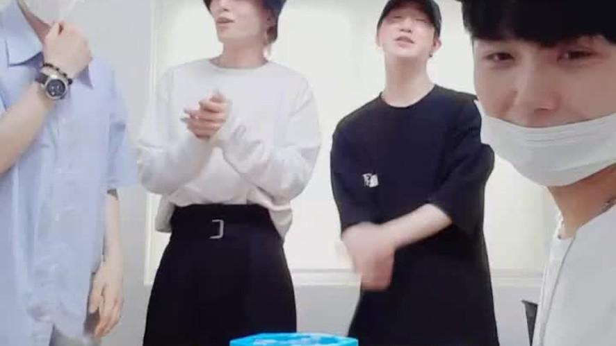 펭귄구하기🐧(with.커피 내기)☕