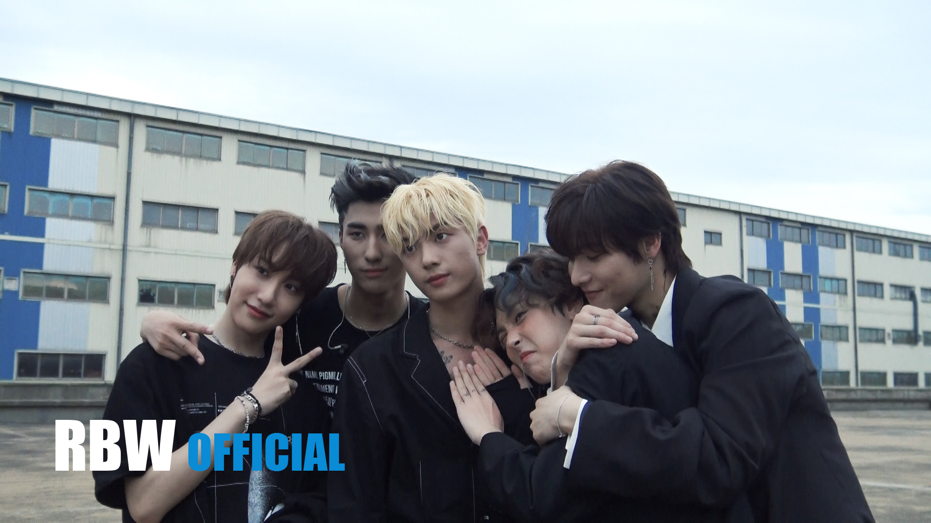 ONEWE(원위) '야행성(Regulus)' MV Making Film