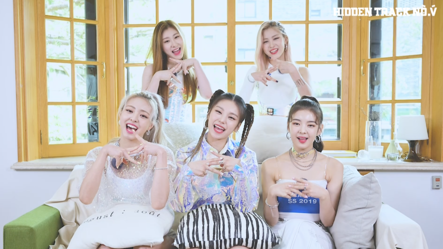 Confidence-building songs recommended by ITZY #EP.02