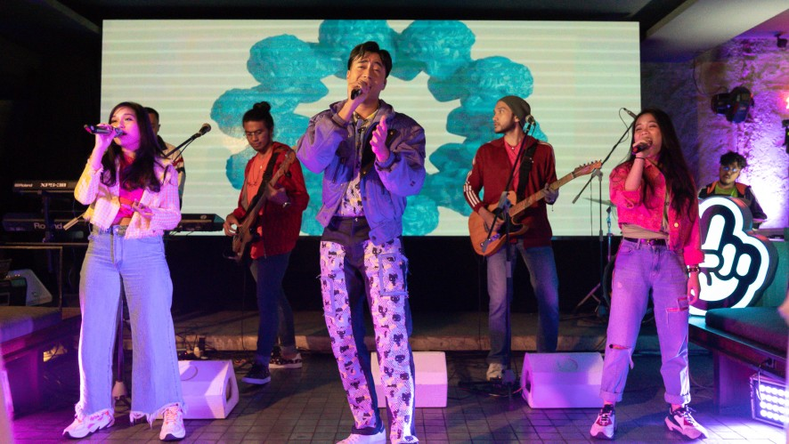Vidi Aldiano - Tak Sejalan @ 'Ready for Love' Premiere Party