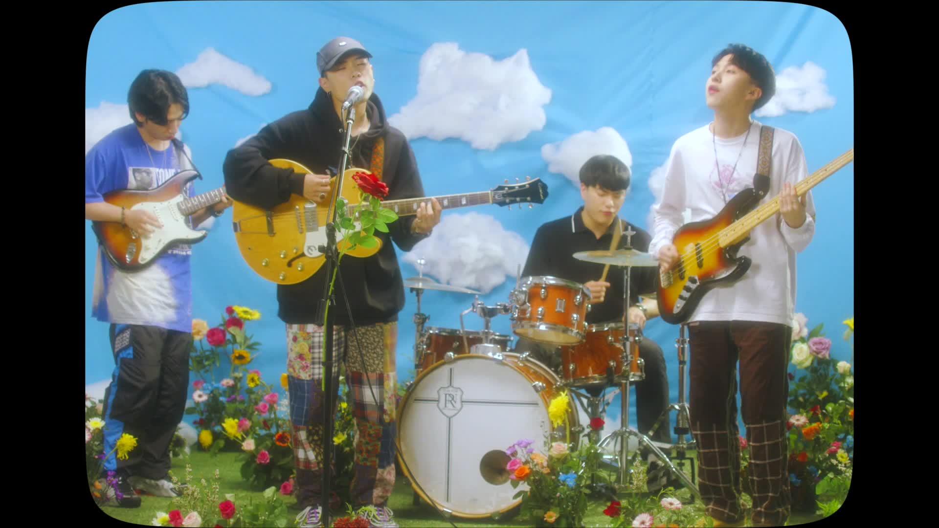 SURL (설) - 'Dry Flower' Official MV